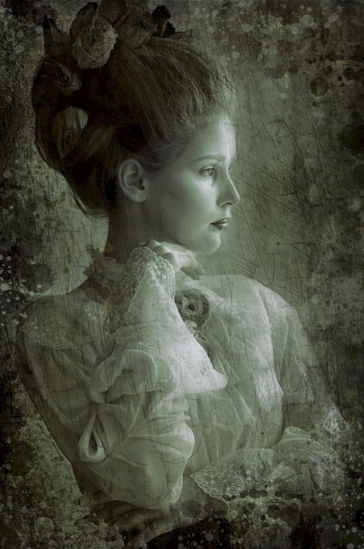 Lady Yve De Sade